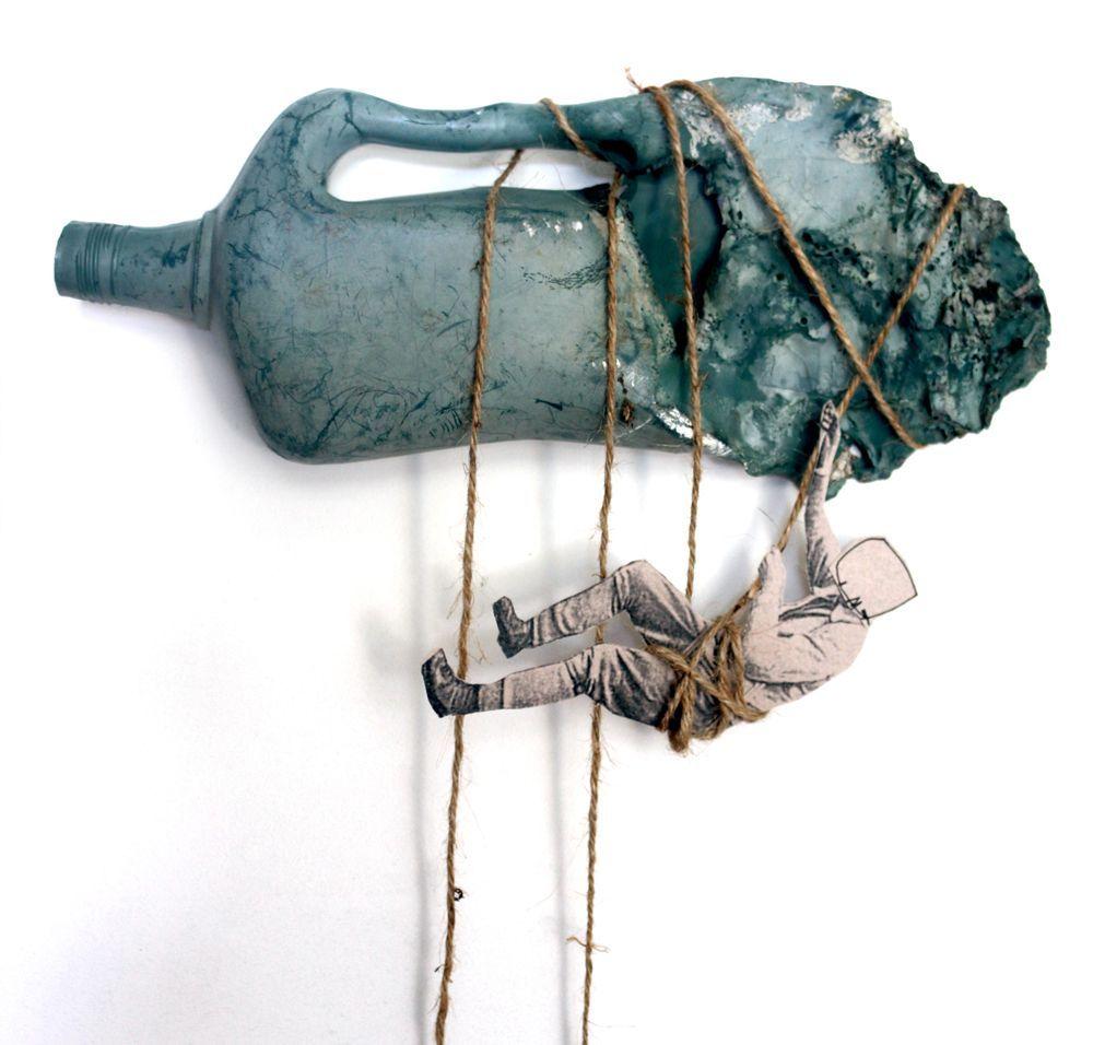 Escalador botella   dePalo   Art Portfolio